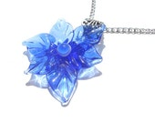 Glass lampwork necklace pendant blue flower