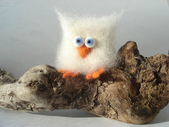 Owl miniature sculpture figurine toy bird cute owl figure Knitted owl toy or gift