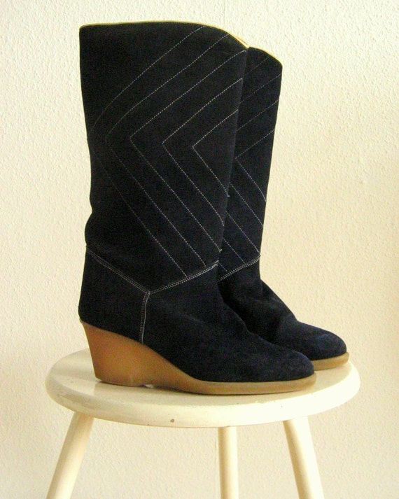 70s Wedge Heel Boots Lined Size W 7.5 European Size 38 Blue Suede and Rubber Sole