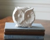 handmade modern - vintage owl container