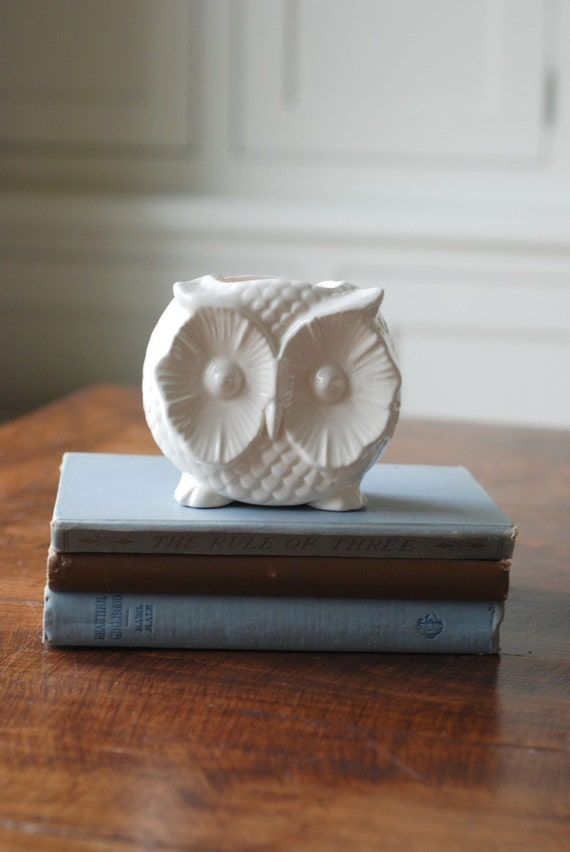 handmade modern - vintage owl container