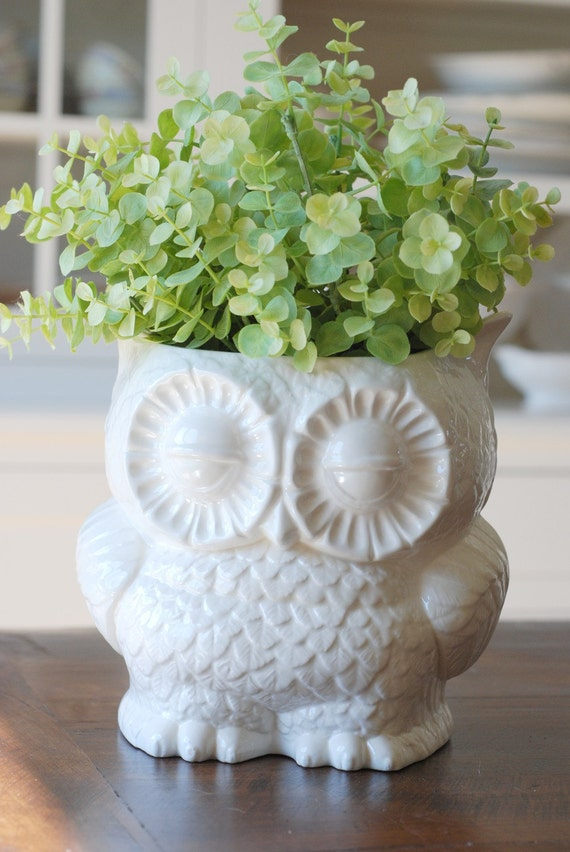 handmade modern - vintage owl planters (medium size)