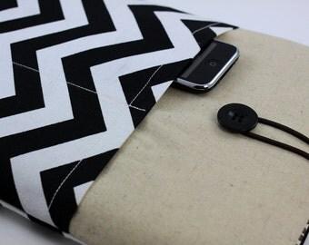 """Laptop Case, 13"""" MacBook Case, 13"""" MacBook Air Case, 13"""" MacBook Pro Case, PADDED, with 2 pockets - Black & White Chevron Zig Zag Stripes"""