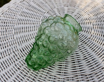 Green Vaseline / Uranium Glass Grape Lamp Shade