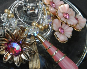 Vintage Earrings Wine Glass Markers - Pretty Pinks and Golds