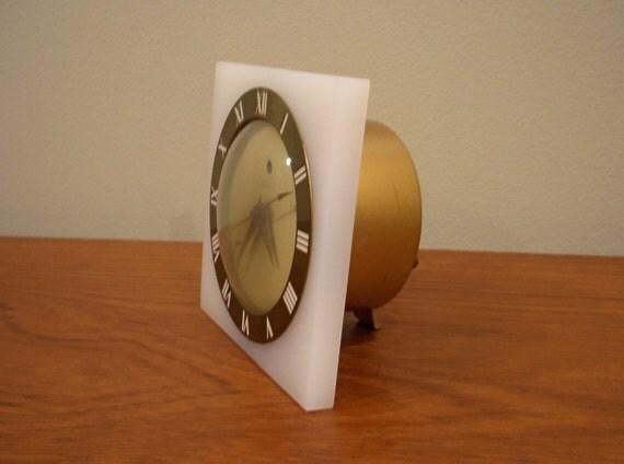 Mid Century - Telechron Electric Alarm Clock