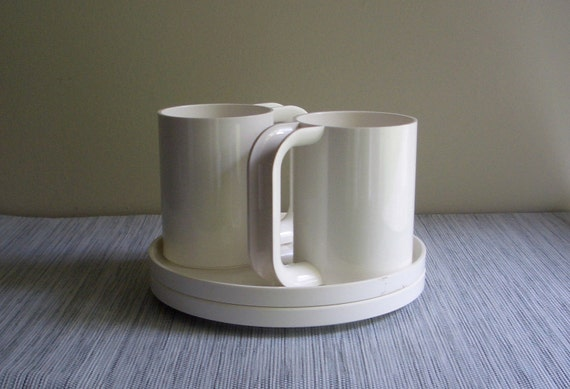 Heller Massimo Vignelli White Mug Set