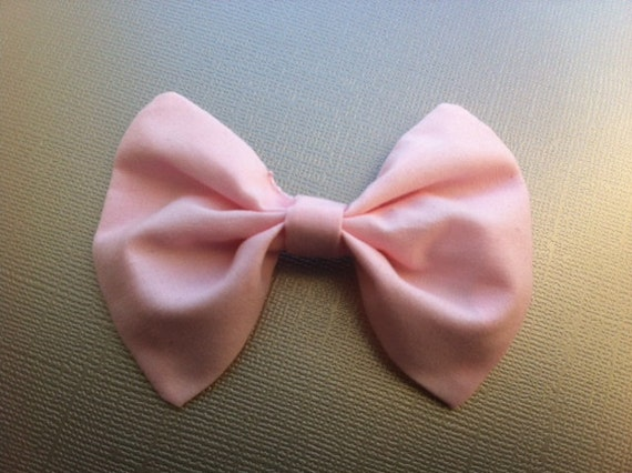 60s Inspired hair bow - Sweet baby pink