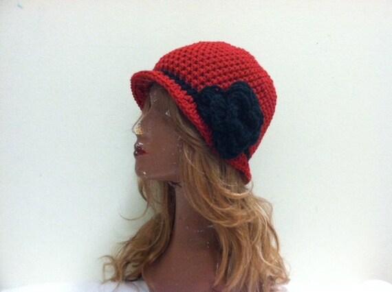 SALE Crochet Cloche Flapper Hat - CLARET/BLACK