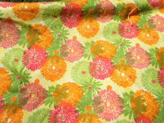 FLANNEL BLANKET- Orange Fuchsia Lime Floral Travel Lap Blanket Tie Quilt Approx. 5 ft 10 in X 3 ft 4 1/2 in, Great for traveling w/ kids.