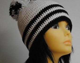 Sale 15% off / Crochetd Hat With Big Pom Pom