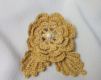 Sale 20% off / Romantic Crochet Flower Brooch