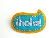 Wool Felt Brooch ø Hand Embroidered ø Hola ø LoftFullOfGoodies
