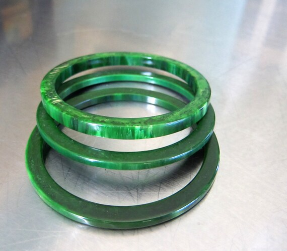 Bakelite Bangles Set of Three Green Marbled Vintage