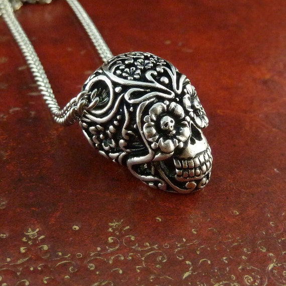 """Day of the Dead Necklace Antique Silver Sugar Skull Pendant on 18"""" Antique Silver Chain"""