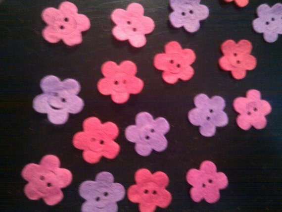 Felt die cut flower buttons in valentine colours FELT SHAPES