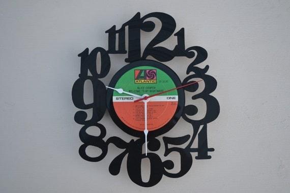 vinyl record clock (artist is Alice Cooper)