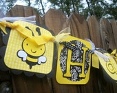 Bumble Bee (Yellow & Black) Happy Birthday Banner