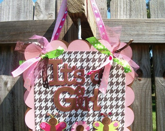 "Butterfly ""It's a Girl"" (Pink, Brown, Green) Baby Shower Door Sign"