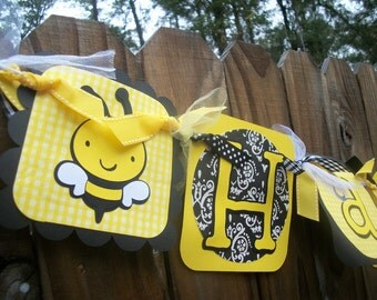 Bumble Bee (Yellow & Black) Happy Birthday Banner