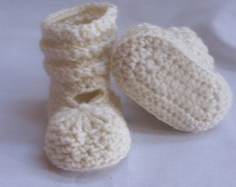 BEST SELLER Crochet Baby Booties, Photo Props Boy, Girl Baby Shower- 0-3m, 3-6m, 6-12m-Many colors