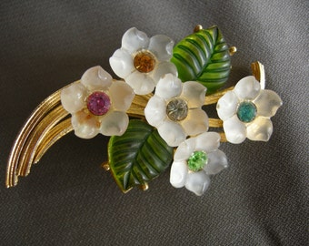 Just in time for spring - vintage gold tone, lucite and rhinestone floral pin/brooch
