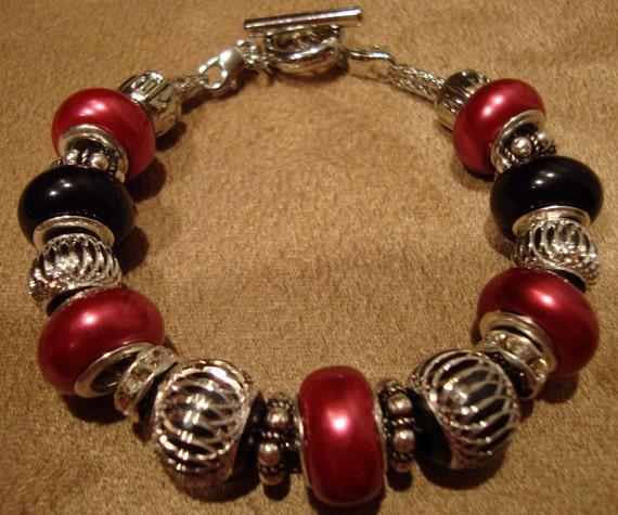 NEW LOWER PRICE Mixed Media Pandora Style Beaded Bracelet Pink and Black Rhinestone