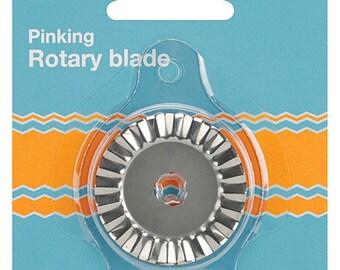 Fiskars 45mm Rotary Cutter PINKING Blade