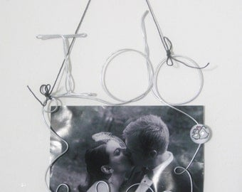I do, Hanging Wire 4x6 Picture Frame, Photo Holder for Wedding with Wedding Bells Decoration, Wedding Gift, Wedding Picture Holder