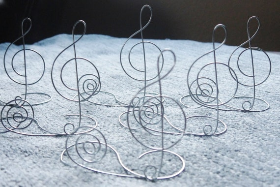 items similar to wire treble clef table name card holder centerpiece for wedding reception. Black Bedroom Furniture Sets. Home Design Ideas