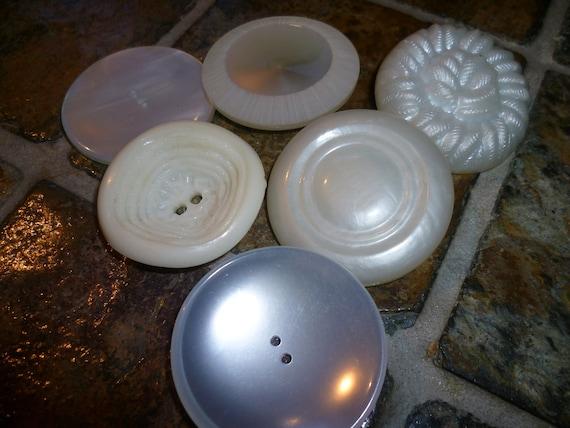 Large White Button-(d236)