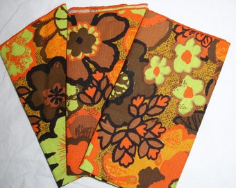 "3 Vintage Hedwin ""Talk o' the table"" cloth napkins"