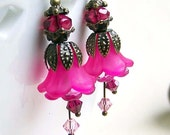 Bright hot pink earrings, lucite flower earrings, beaded jewelry