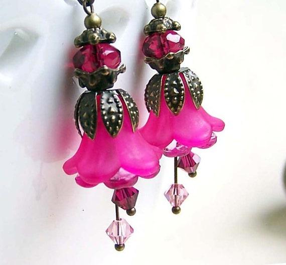 Bright hot pink earrings, lucite flower earrings, beaded jewelry