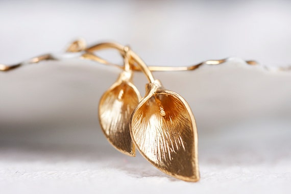 Gold Calla Necklace Calla Lily Jewelry Calla Lily Flower Necklace - N146