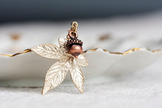 Acorn Maple Leaf Necklace Oak Tree Nut Autumn Leaf Gold Maple Pendant Nature Inspired Jewelry - N216