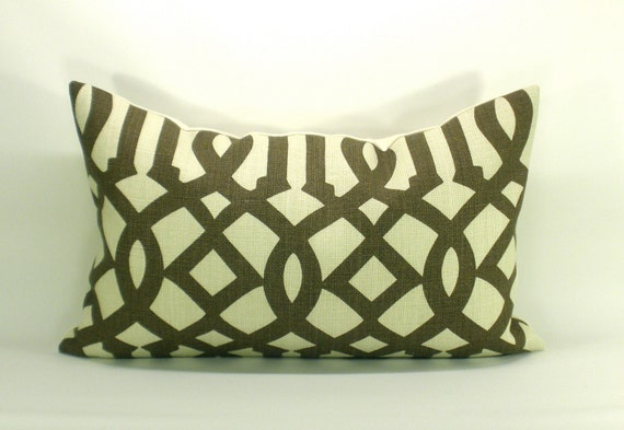 Schumacher Imperial Trellis pillow cover in Java - 12 x 20