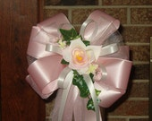10 PINK WHITE with pink rose Pew Bows Wedding Decorations Bridal