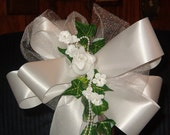 10 White Rose Pearl Pew Bows Wedding Decorations Bridal