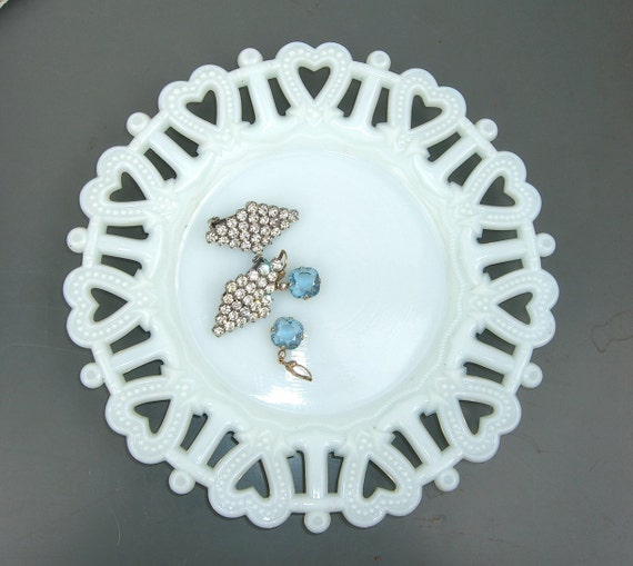Vintage Westmoreland Milk Glass Plate Heart & Anchor