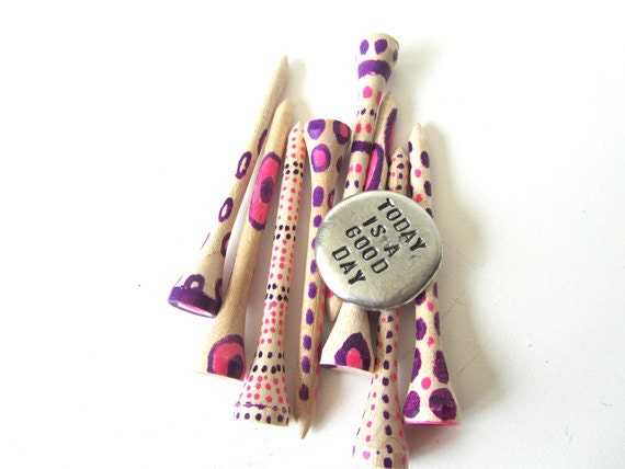 golf ball marker and golf tees - token stocking stuffer christmas gift - purple pink
