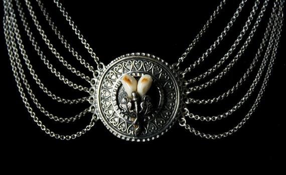 Vintage Deer Tooth Hunt Festoon Necklace