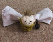 Knitted Caveman Bow