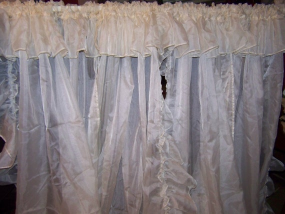 Lot Of 4 Panels Sheer Voile Ruffled Priscilla Curtains 63 X