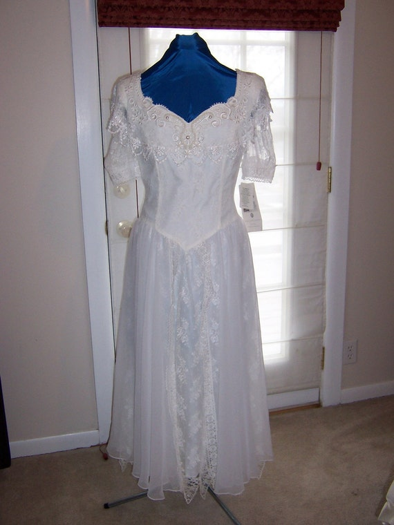 Vintage wedding dress white jessica mcclintock by for Jessica mcclintock wedding dresses outlet