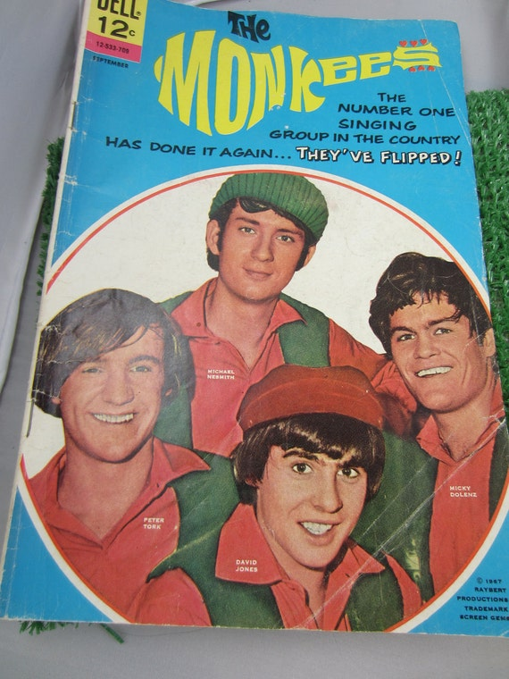 DELL The MONKees Magazine Comic Book Sept 1967 Davy Jones Raybert Prods TV Show Michael Nesmith, Micky Dolenz Peter Screen Gems Inc. TV Show
