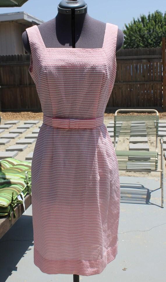 1960s Vintage Pink Seersucker Dress
