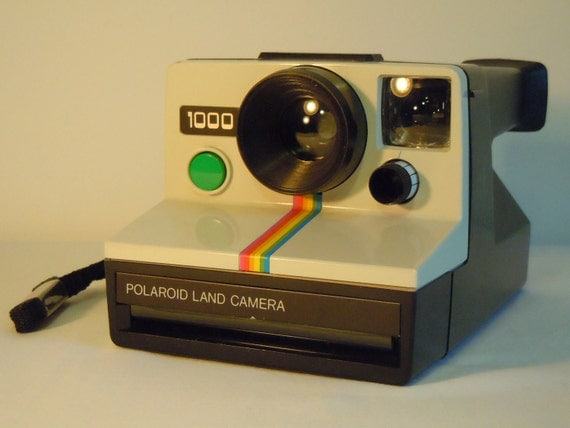 Mint condition Polaroid 1000 Land Camera (for SX-70 film) - Green shutter button