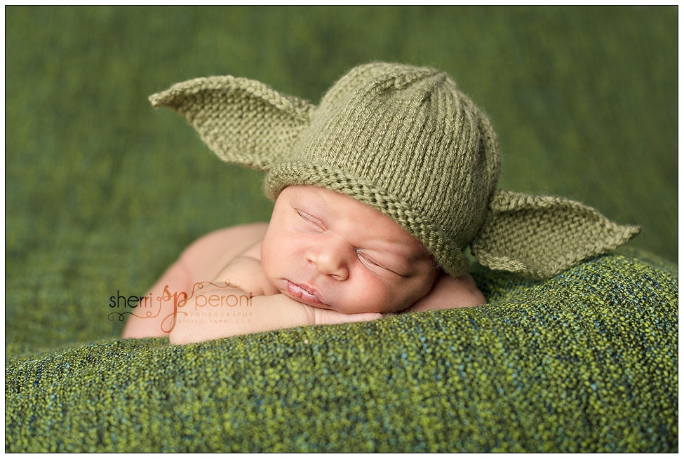 Knitting Pattern For Baby Yoda Hat : Newborn to 3 months Yoda Hat Star Wars Photo Prop by paulashoppe