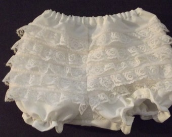 Baby girl lace diaper cover